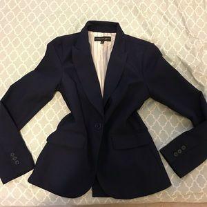 Cute navy blue blazer ✨
